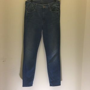 """Mother """"the Looker Crop"""" Skinny Jeans  27"""
